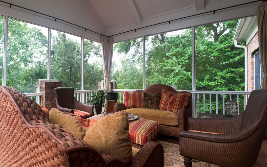 chanticleer-greenville-screened-porch-2