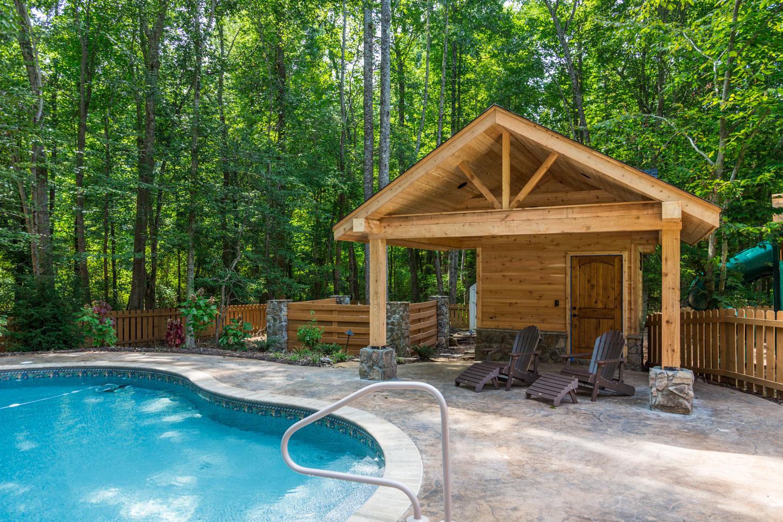 custom-pool-house-2