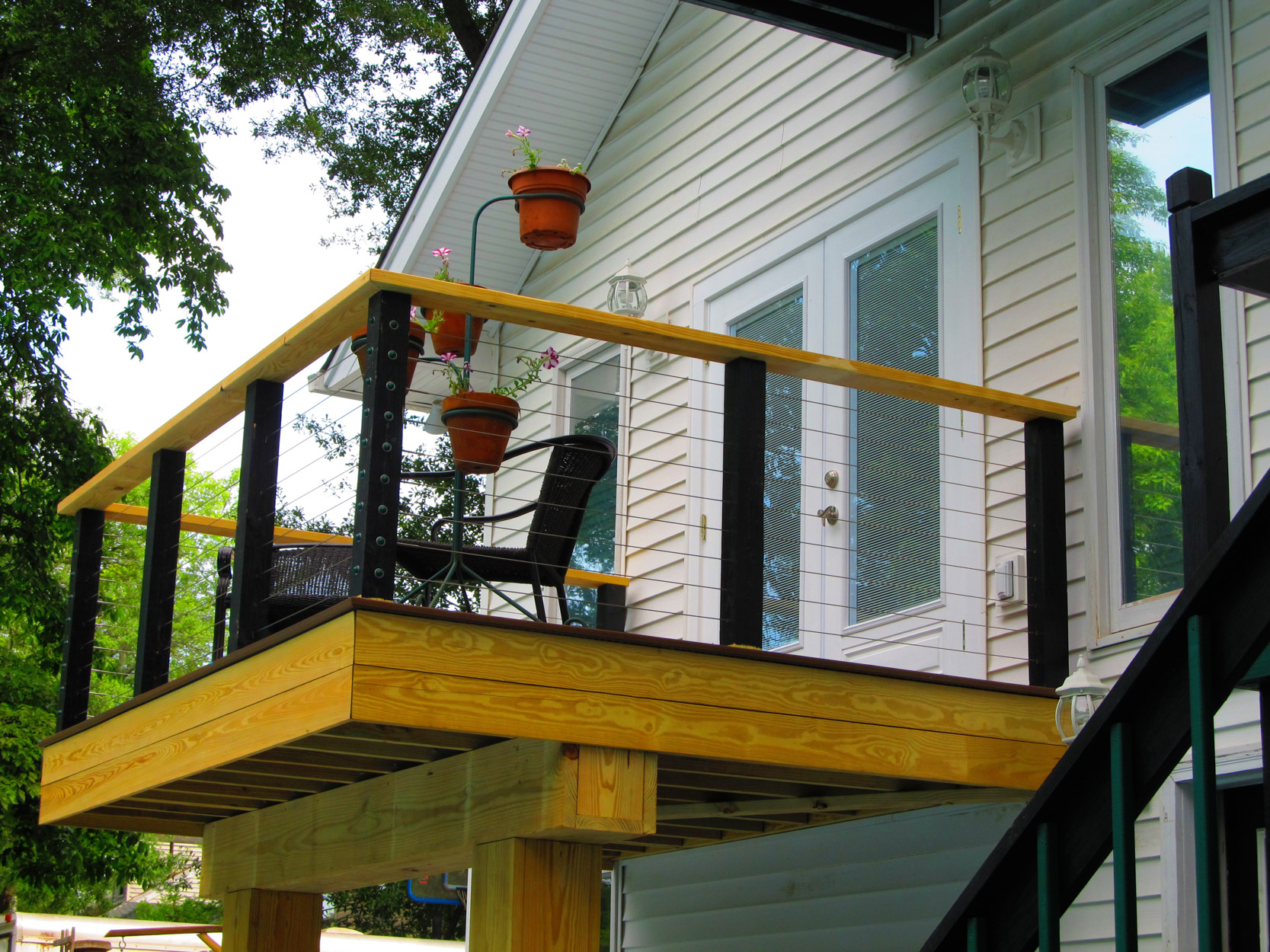 custom-deck-railing-2