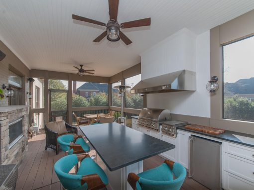 Screened Porch with Outdoor Kitchen